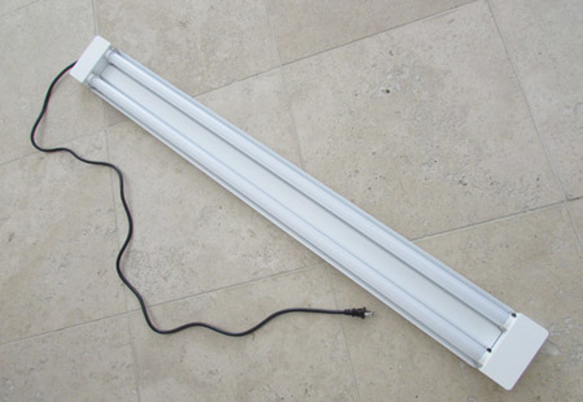 finest selection 1d669 d8caf Hands-on testing of popular LED T8 lamps and linear fixtures ...
