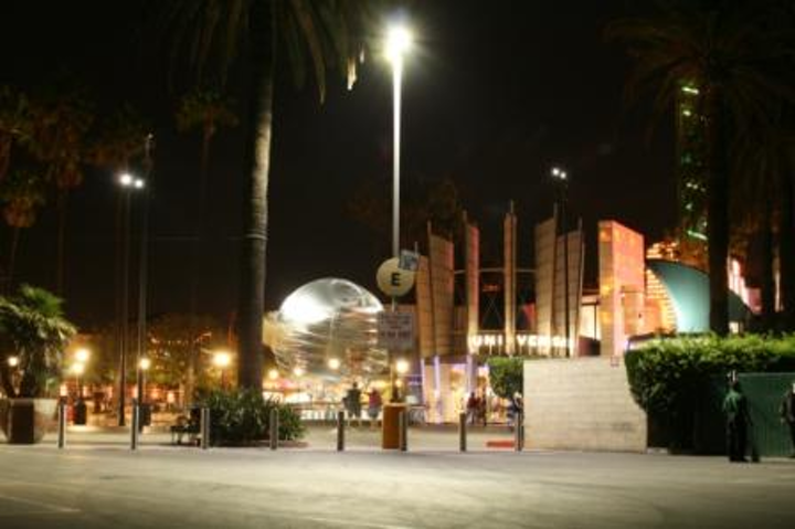 Cireon's 145W LED fixtures eliminate light pollution at Universal CityWalk Hollywood