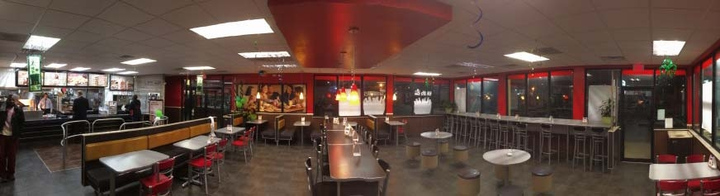 Independence LED reduces energy use by 65% inside and outside Burger King restaurants
