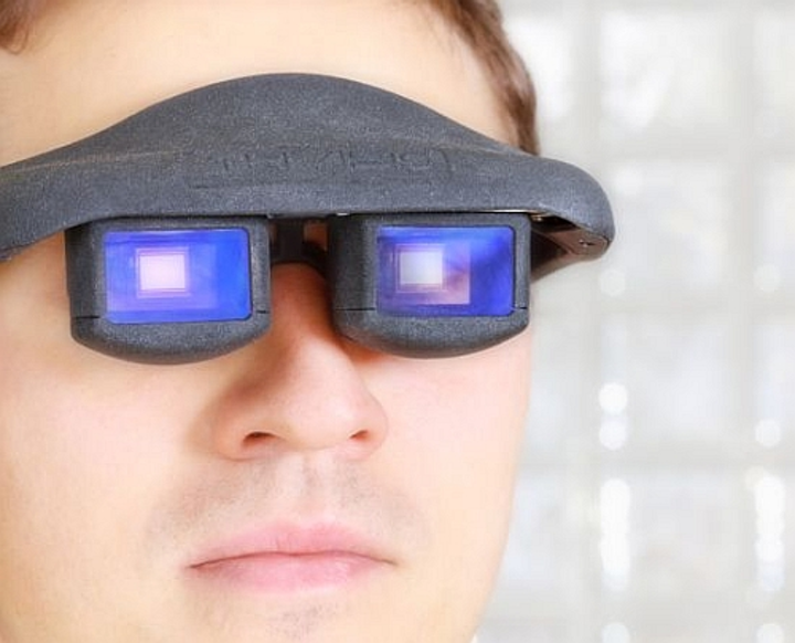 Fraunhofer develops OLED patterning technique for high-brightness 'data glasses'
