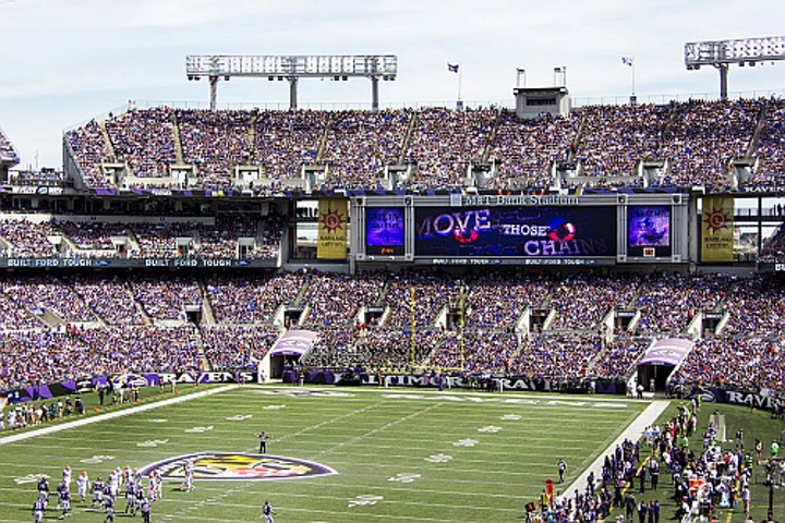 Baltimore Ravens upgrade stadium experience with SMD LED video displays from Daktronics