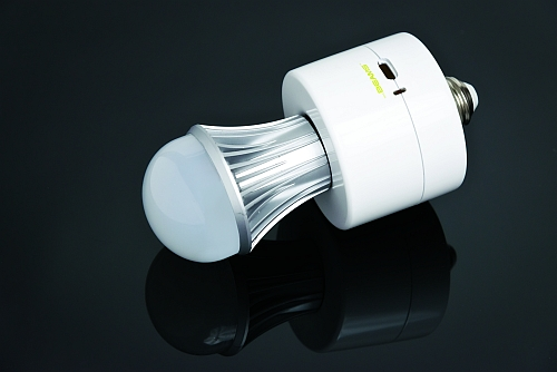 Wireless Environment announces battery-backed LED lamp socket for emergency lighting