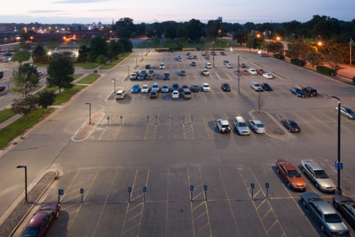 Wisconsin healthcare provider slashes energy costs with LED retrofit
