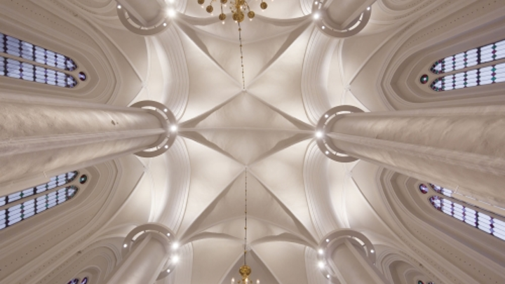 ERCO SSL highlights neo-Gothic architecture in ancient German church
