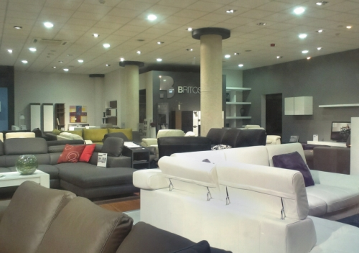 INLED gives furniture showroom more natural-hued lighting with Goodlight LED lamps from LED Eco Lights