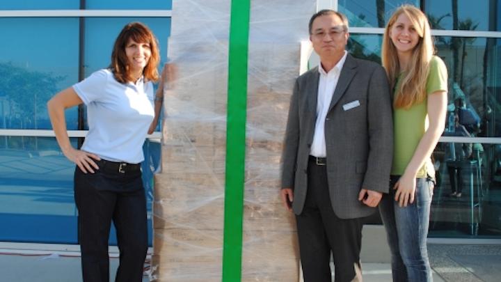 MaxLite donates energy-efficient lighting products to local Habitat for Humanity ReStore