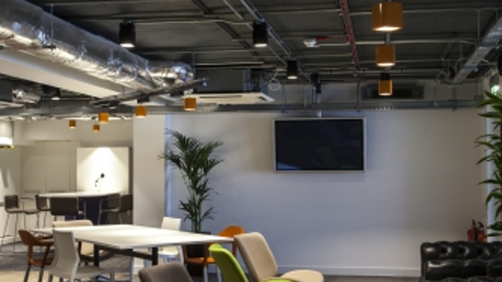 Havells Sylvania's contemporary Lumiance Inverto LED luminaires update London offices