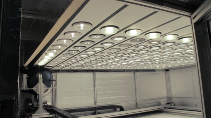 DOE reports that LED PAR38 lamps deliver superior lumen and color maintenance