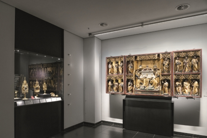 Zumtobel provides LED museum lighting for Aachen Cathedral Treasury
