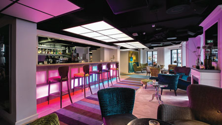 Dial-an-ambience LED lighting accentuates refurbishment at stylish Copenhagen hotel (MAGAZINE)