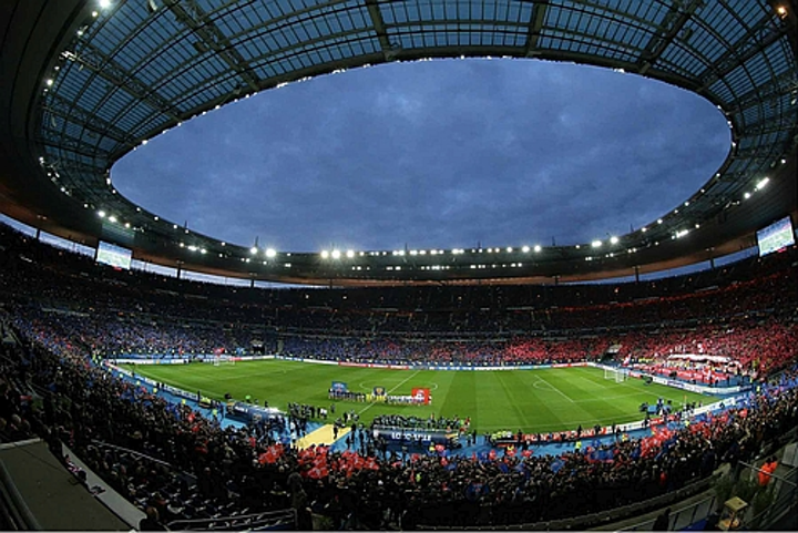Euro 2016 soccer venues light up - with old technology!