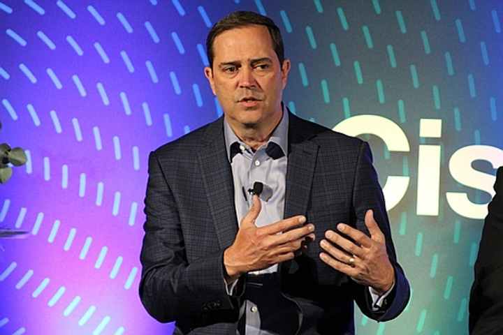 Cisco CEO rules out acquiring a lighting company
