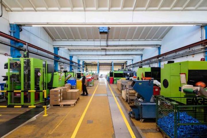 Zumtobel lighting-as-service deal guarantees light levels and energy savings through IoT