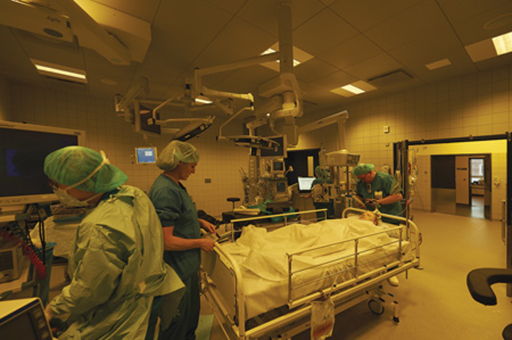 How LEDs are eliminating mistakes when deisgned into human-centric lighting for the operating room