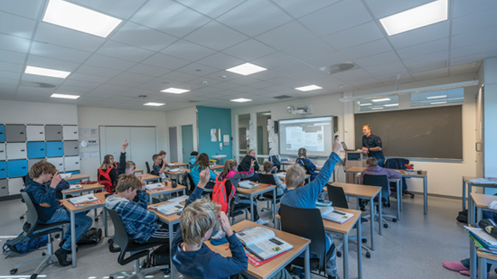 Norwegian school installs tunable LED lighting to enhance learning in human-centric lighting application