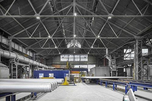 Zumtobel LaaS deal guarantees lux levels at aluminum plant