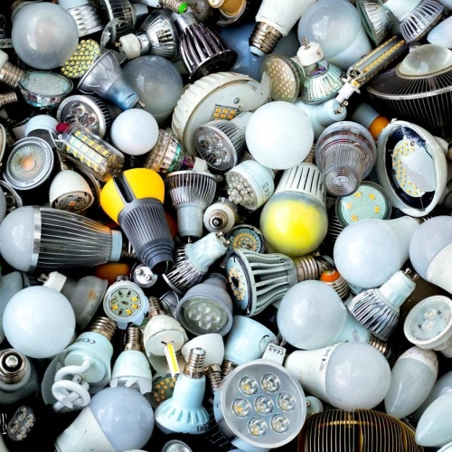 LED lamp waste: there's good news and bad