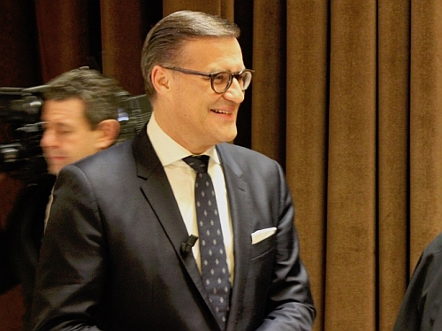 What's in a word? Osram CEO adds 'photonics' to his 'high-tech' spiel