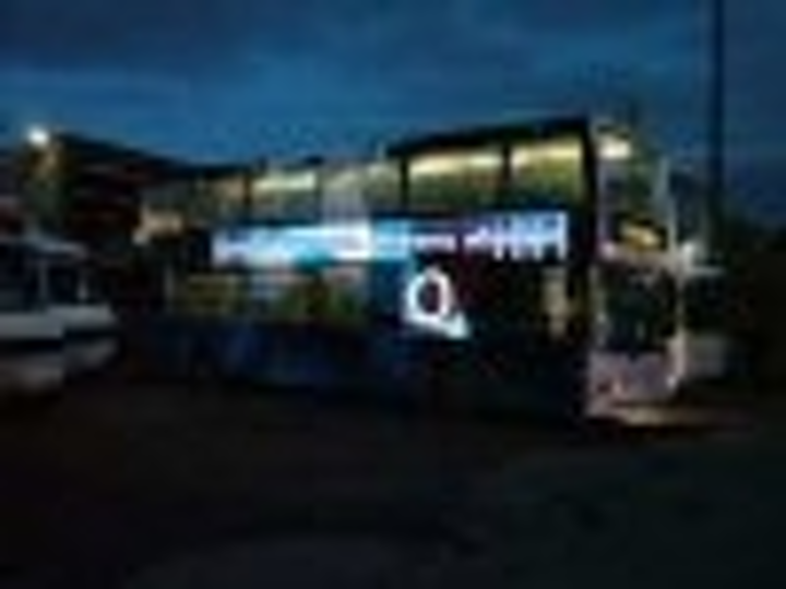 Content Dam Leds En Articles 2004 10 Leds Illuminate Advertising Panels On Buses Leftcolumn Article Thumbnailimage File