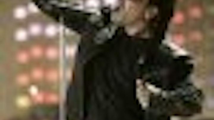 Content Dam Leds En Articles 2005 04 Barco Designs Led Curtain For U2 Vertigo Tour Leftcolumn Article Thumbnailimage File