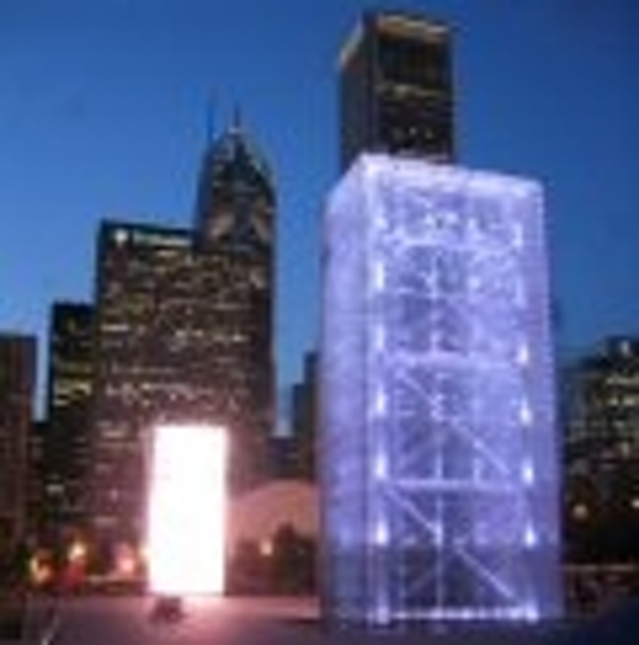 Content Dam Leds En Articles 2005 05 Chicago S Stunning Crown Fountain Uses Led Lights And Displays Leftcolumn Article Thumbnailimage File