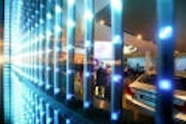 Content Dam Leds En Articles 2005 06 Car Manufacturers Promote Themselves With Led Displays Leftcolumn Article Thumbnailimage File