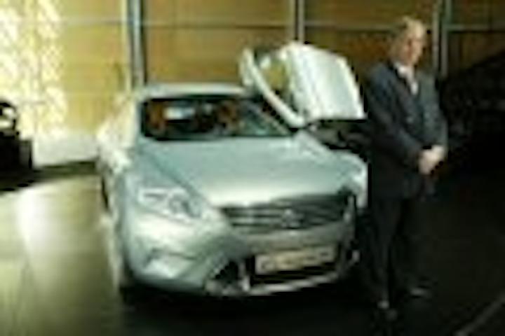 Content Dam Leds En Articles 2005 09 Ford Europe Unveils Iosis Concept Car With Led Lights Leftcolumn Article Thumbnailimage File