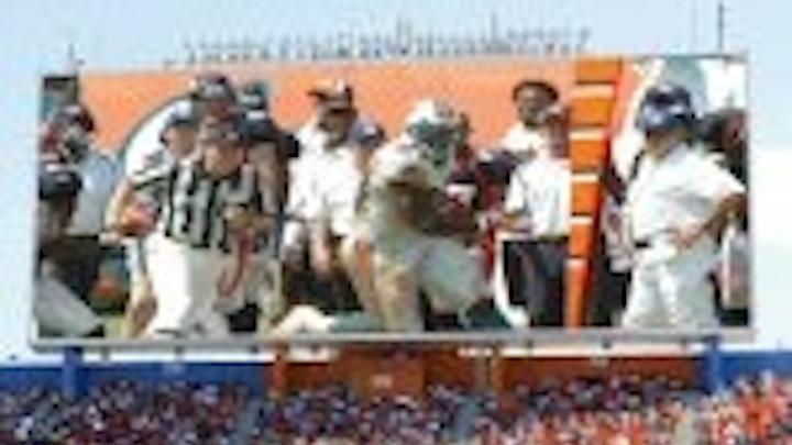 Content Dam Leds En Articles 2005 10 Daktronics To Build Giant Led Video Display At Dolphins Stadium Leftcolumn Article Thumbnailimage File