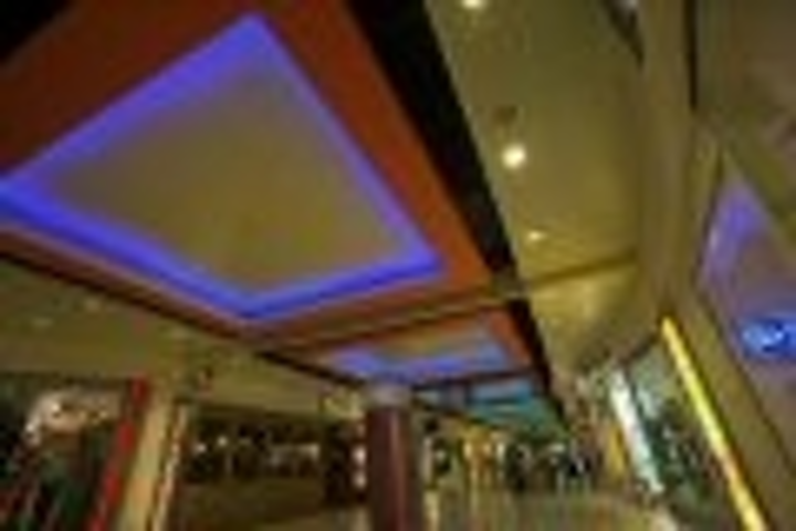 Content Dam Leds En Articles 2005 10 Great Xscape As Ltp Brightens Shopping Complex Leftcolumn Article Thumbnailimage File