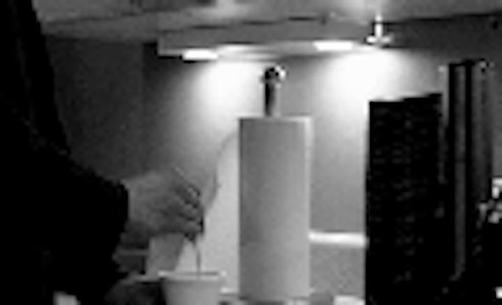 Content Dam Leds En Articles 2005 10 Permlight S Under Cabinet Light Features Cree Xlamp Leds Leftcolumn Article Thumbnailimage File