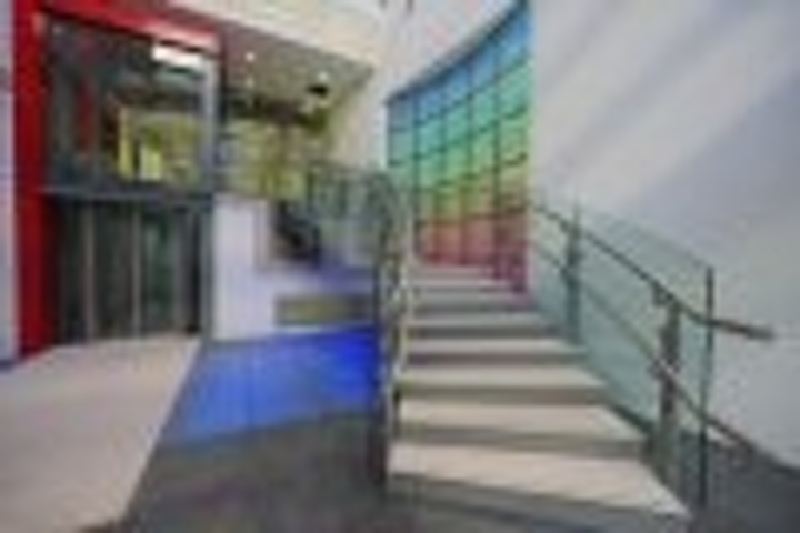 Content Dam Leds En Articles 2006 01 Leds Brighten Up Great Ormond Street Hospital Leftcolumn Article Thumbnailimage File