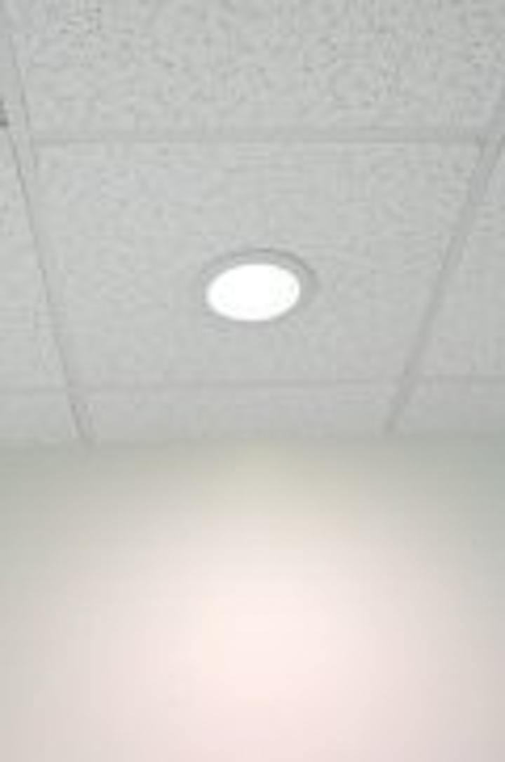Content Dam Leds En Articles 2006 04 Llf Warm White Luminaire Has Efficacy Of 73 Lm W Leftcolumn Article Thumbnailimage File