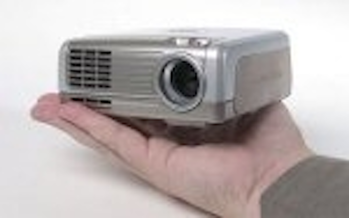 Content Dam Leds En Articles 2006 04 Pocket Projector Market Poised For Growth Leftcolumn Article Thumbnailimage File