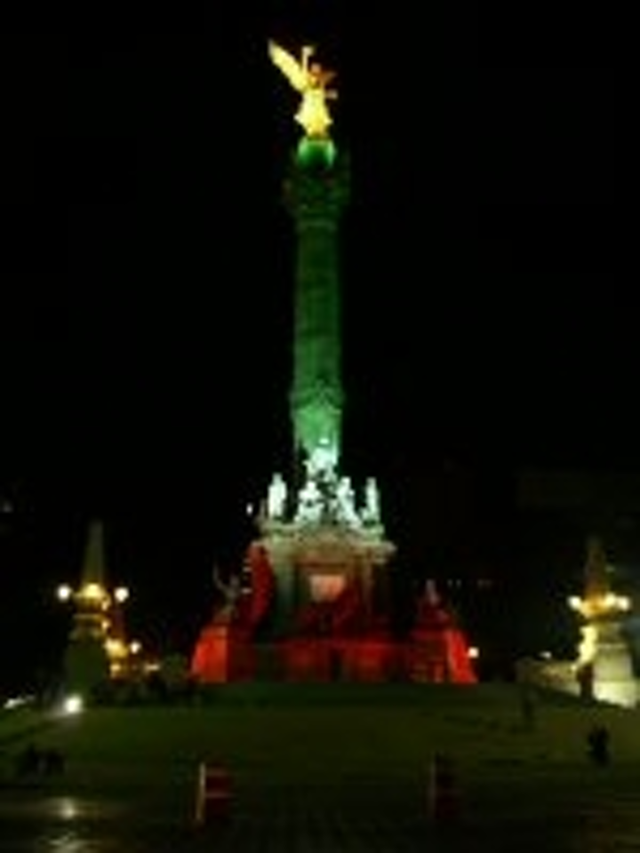 Content Dam Leds En Articles 2006 11 Super Vision Illuminates Mexico City S Angel Leftcolumn Article Thumbnailimage File