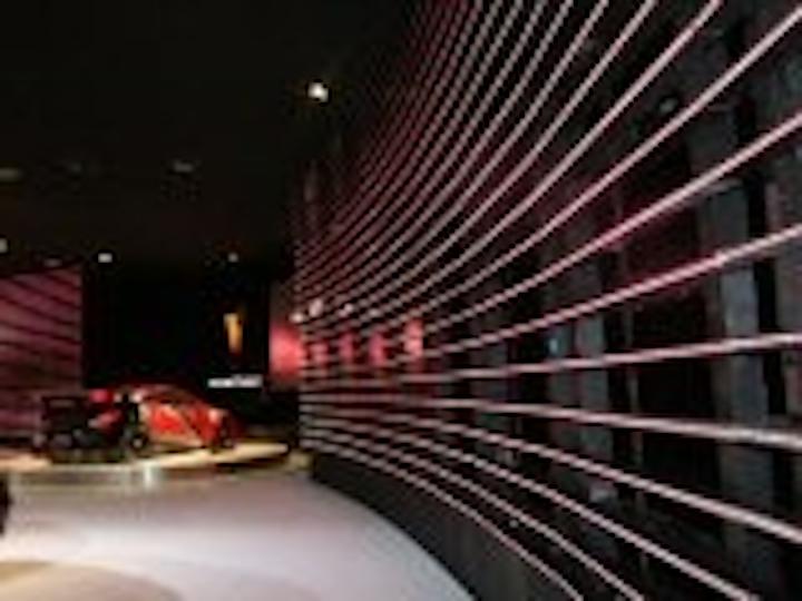 Content Dam Leds En Articles 2007 01 Barco Supplies Miles Of Tiles At 2007 Detroit Auto Show Leftcolumn Article Thumbnailimage File