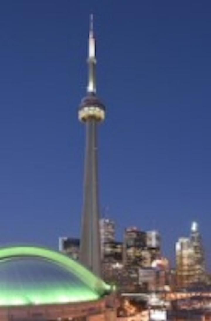 Content Dam Leds En Articles 2007 06 Cn Tower In Toronto Receives Led Lighting Treatment Leftcolumn Article Thumbnailimage File