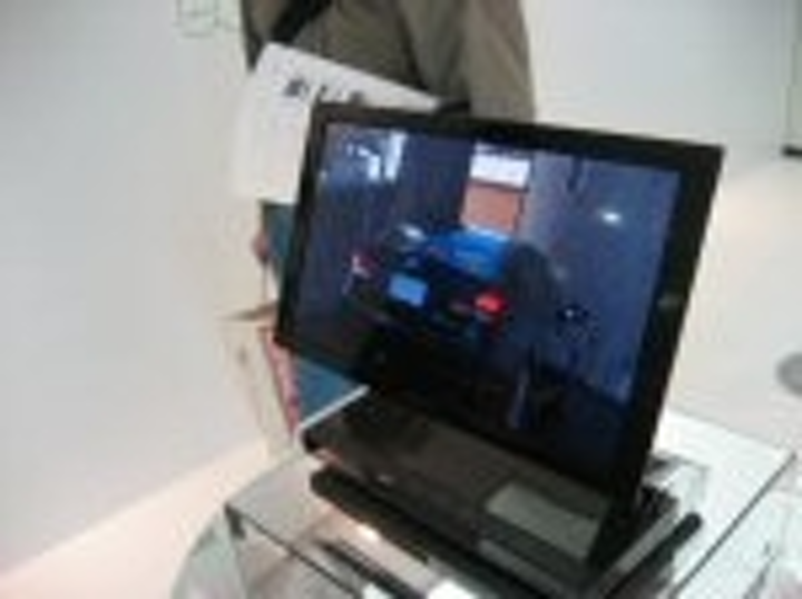 Content Dam Leds En Articles 2007 11 Sony Begins Selling World S First Oled Tv Leftcolumn Article Thumbnailimage File