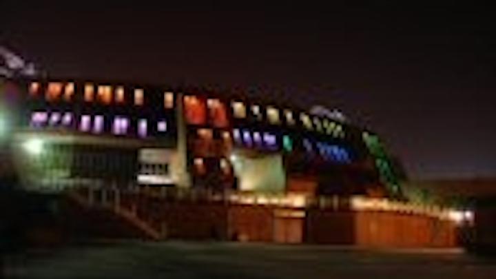 Content Dam Leds En Articles 2008 03 Chamaeleon And Lightfolio Turn On Lights For Glasgow Pupils Leftcolumn Article Thumbnailimage File