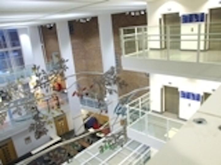 Content Dam Leds En Articles 2008 04 Uk Hospital Installs Leds To Save Energy Costs And Improve Illumination Leftcolumn Article Thumbnailimage File