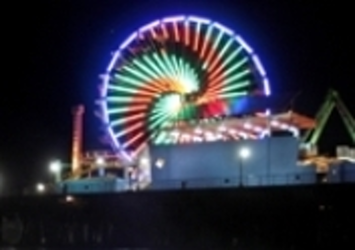 Content Dam Leds En Articles 2008 06 160 000 Led Lights Mounted To New Santa Monica Ferris Wheel Leftcolumn Article Thumbnailimage File
