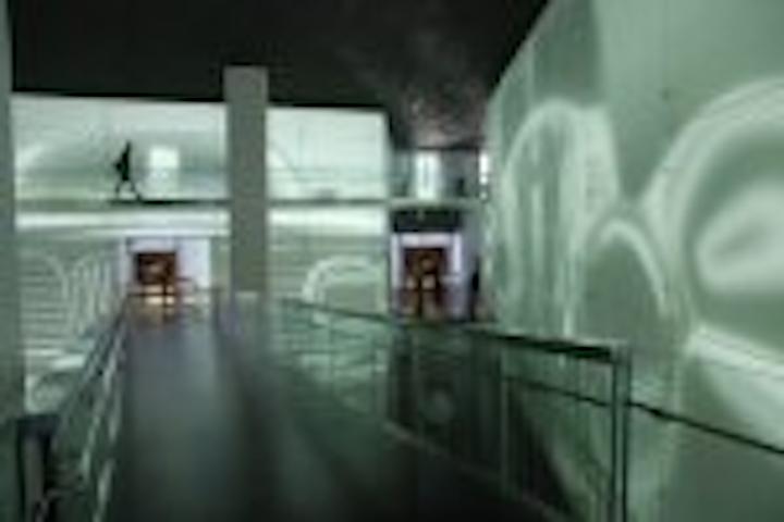 Content Dam Leds En Articles 2008 09 G Lec Develops Media Fa Ade For Bmw Museum Leftcolumn Article Thumbnailimage File