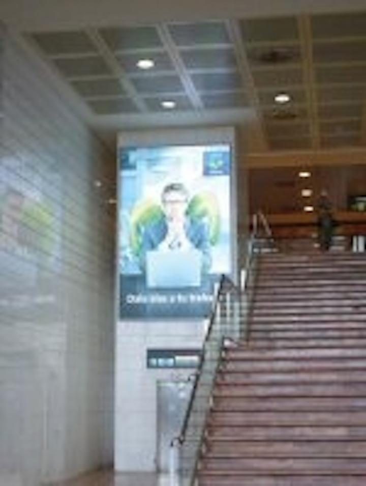 Content Dam Leds En Articles 2008 10 Barcelona Airport Billboards Use Led Backlighting Leftcolumn Article Thumbnailimage File