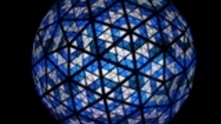 Content Dam Leds En Articles 2008 11 Over 32 000 Leds Will Power 2009 Times Square New Year S Eve Ball Leftcolumn Article Thumbnailimage File