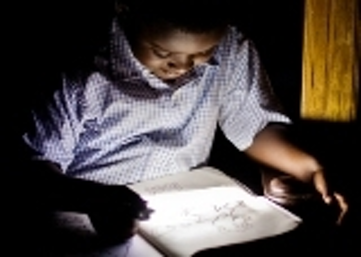 Content Dam Leds En Articles 2009 02 Philips Targets Education In Africa With Led Based Lights Leftcolumn Article Thumbnailimage File