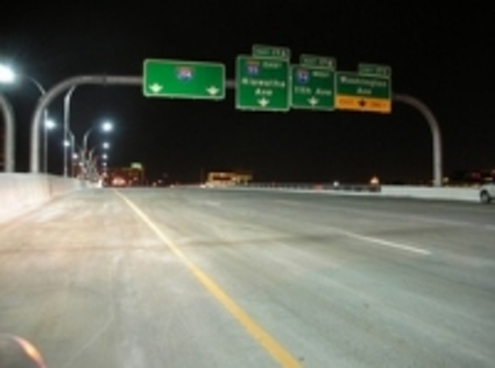 Content Dam Leds En Articles 2009 08 I 35w Bridge Led Lighting Described In Doe Gateway Report Leftcolumn Article Thumbnailimage File