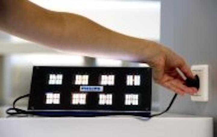 Content Dam Leds En Articles 2010 09 Philips Demonstrates Mains Powered White Light Oled Module Leftcolumn Article Thumbnailimage File