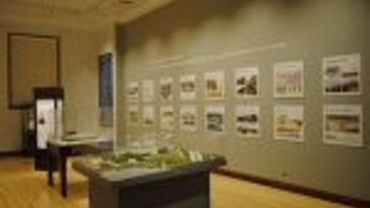 Content Dam Leds En Articles 2010 11 Chicago Field Museum Accent Lighting Featured In Doe Gateway Report Leftcolumn Article Thumbnailimage File