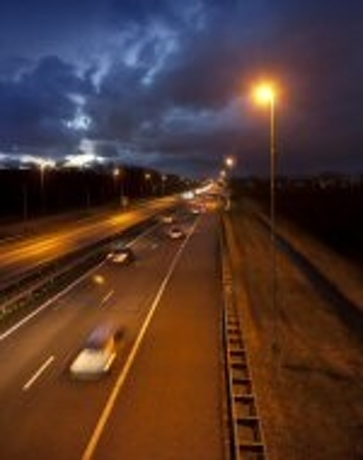 Content Dam Leds En Articles 2011 02 Philips Installs Led Lights Along 7 Km Length Of Highway Leftcolumn Article Thumbnailimage File