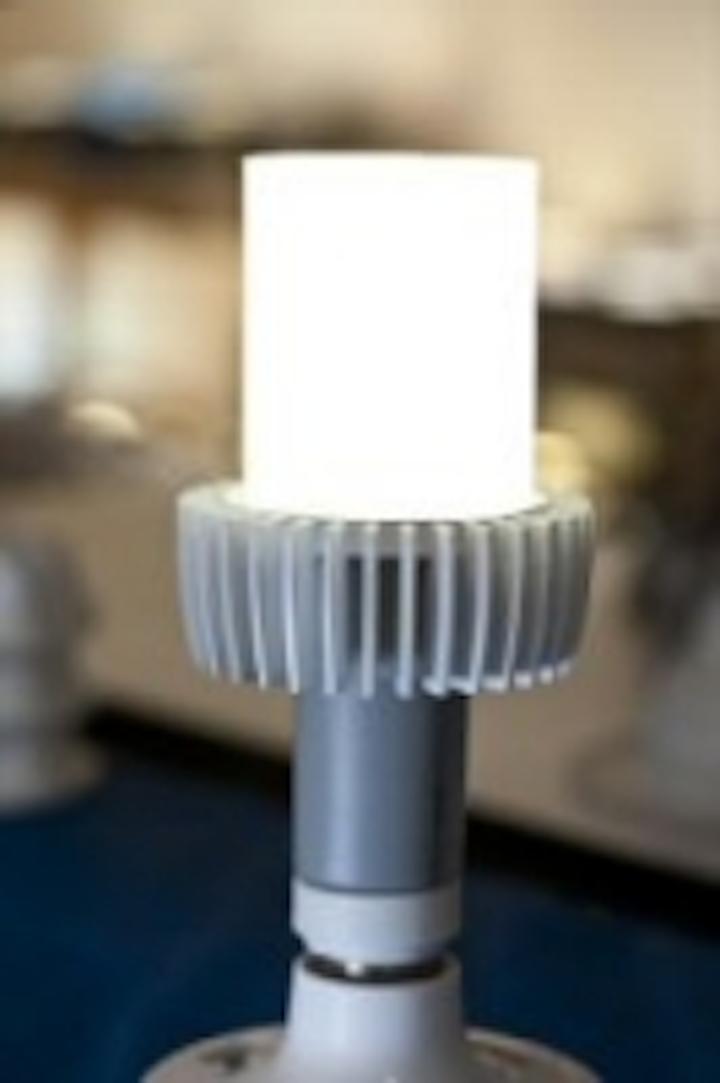 Content Dam Leds En Articles 2011 08 Cree Develops Prototype Led Lamp That Delivers 152 Lm W Leftcolumn Article Thumbnailimage File