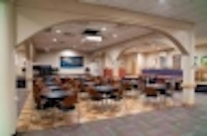 Content Dam Leds En Articles Iif 2013 07 University Of North Carolina Plans Transition To Led Lighting Leftcolumn Article Thumbnailimage File